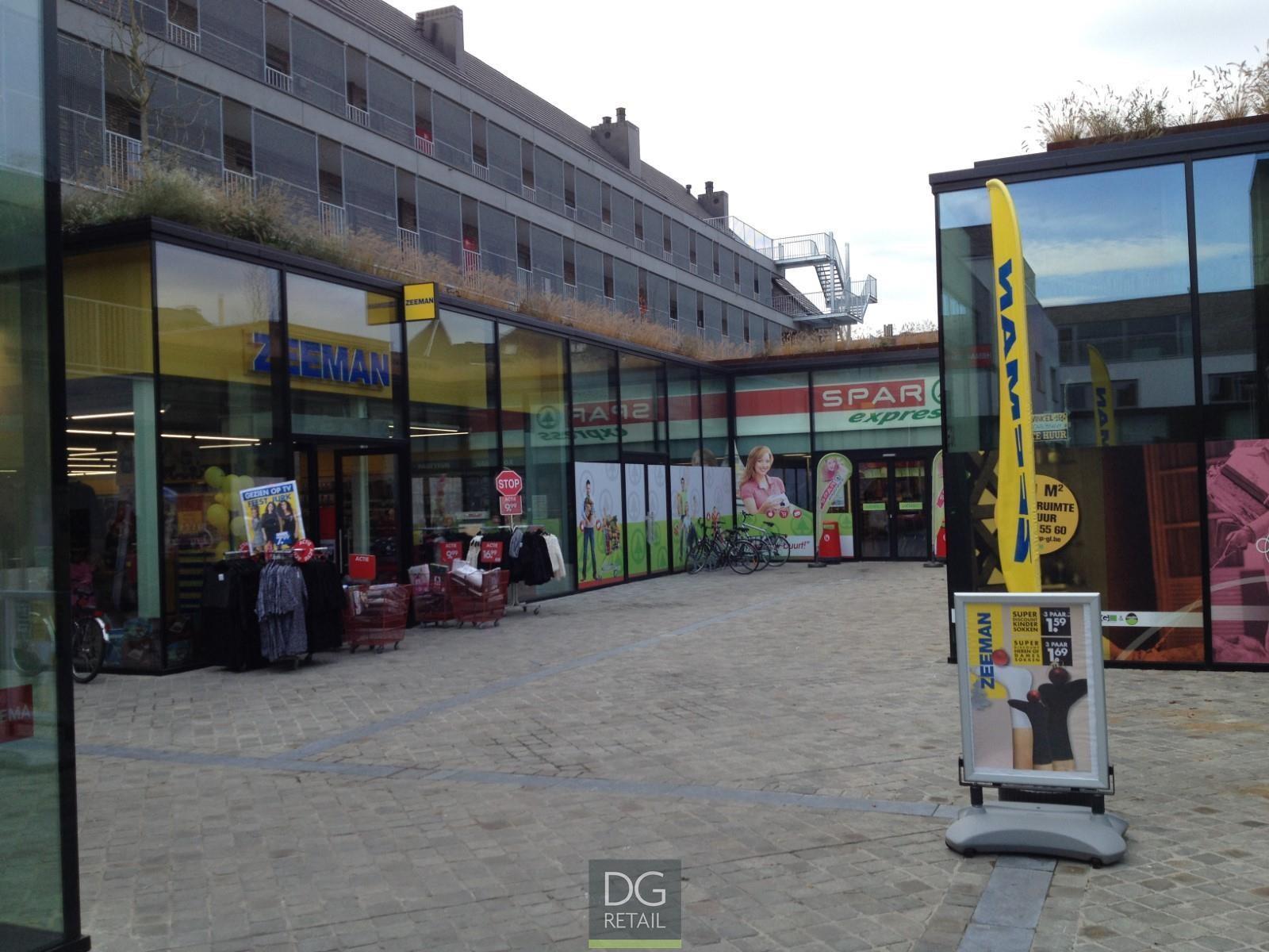 commercieel centrum te huur Unit 16 -  10