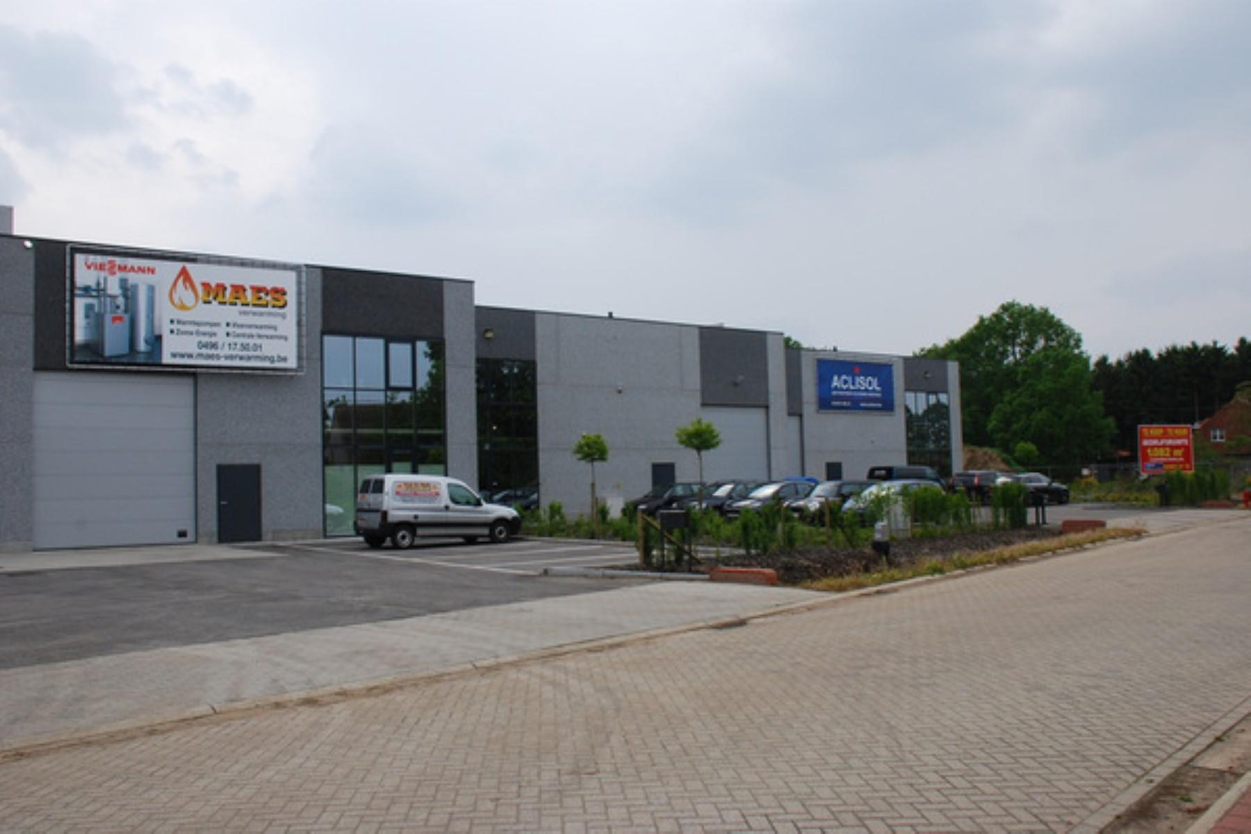 industrieel gebouw te koop UNIT 9 Molsebaan 39