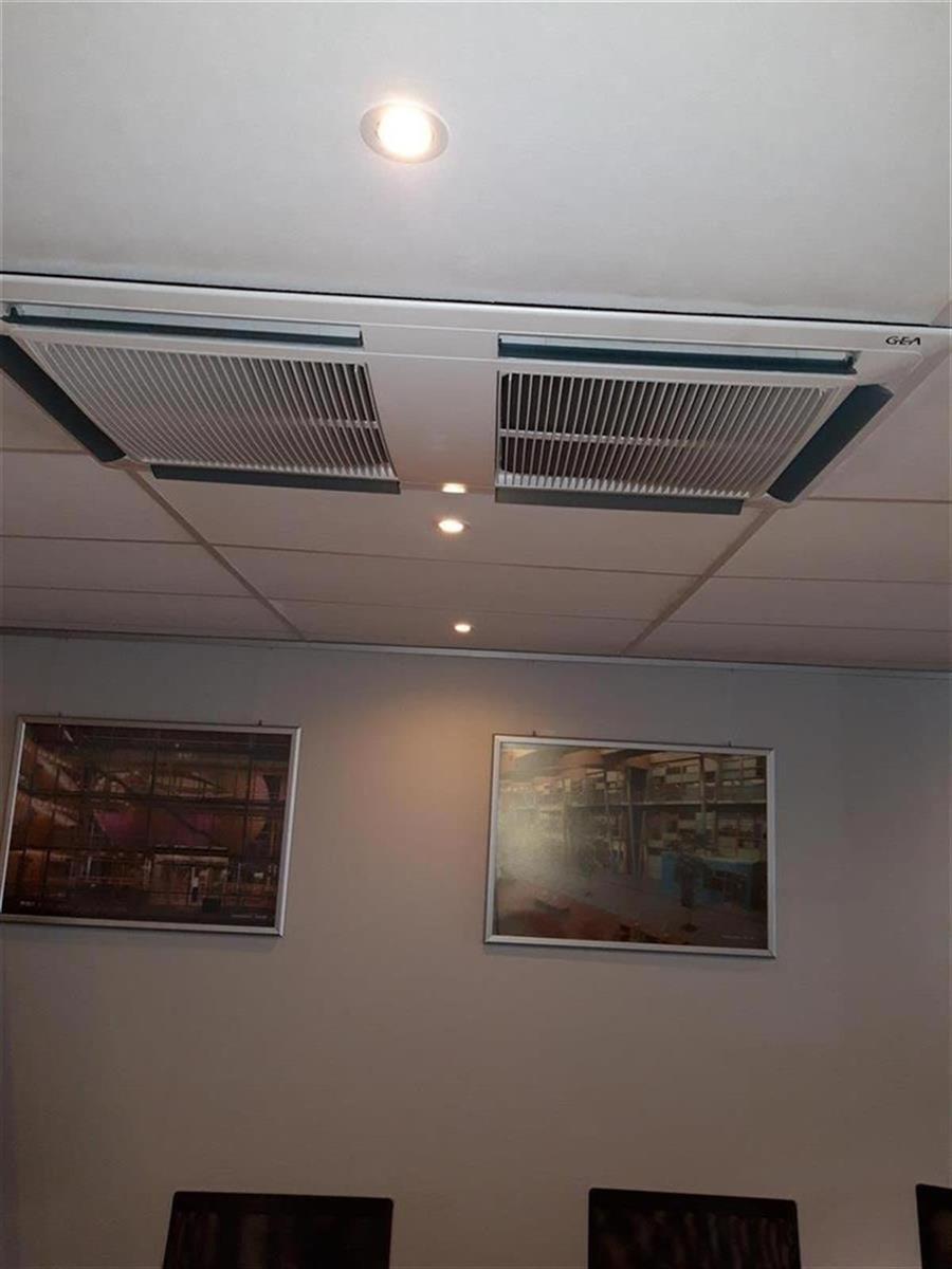 kantoren & magazijn te huur Kantoor 139m² en Magazijn 177m² - 2540 Hove, België 20