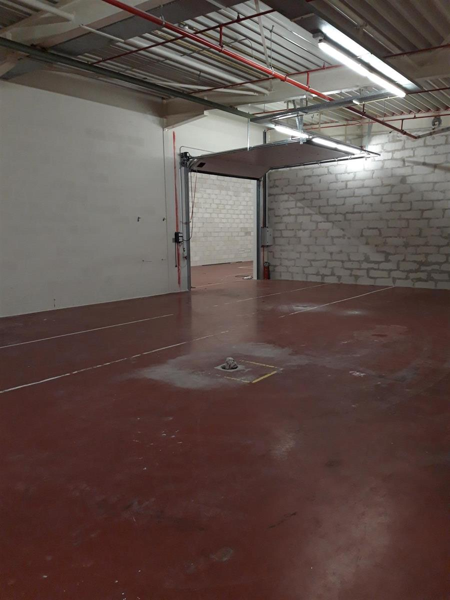KMO-unit te huur Kruibeke - Bazelstraat TE HUUR / TE KOOP 159m² tot 1233m² - 9150 Kruibeke, België 22