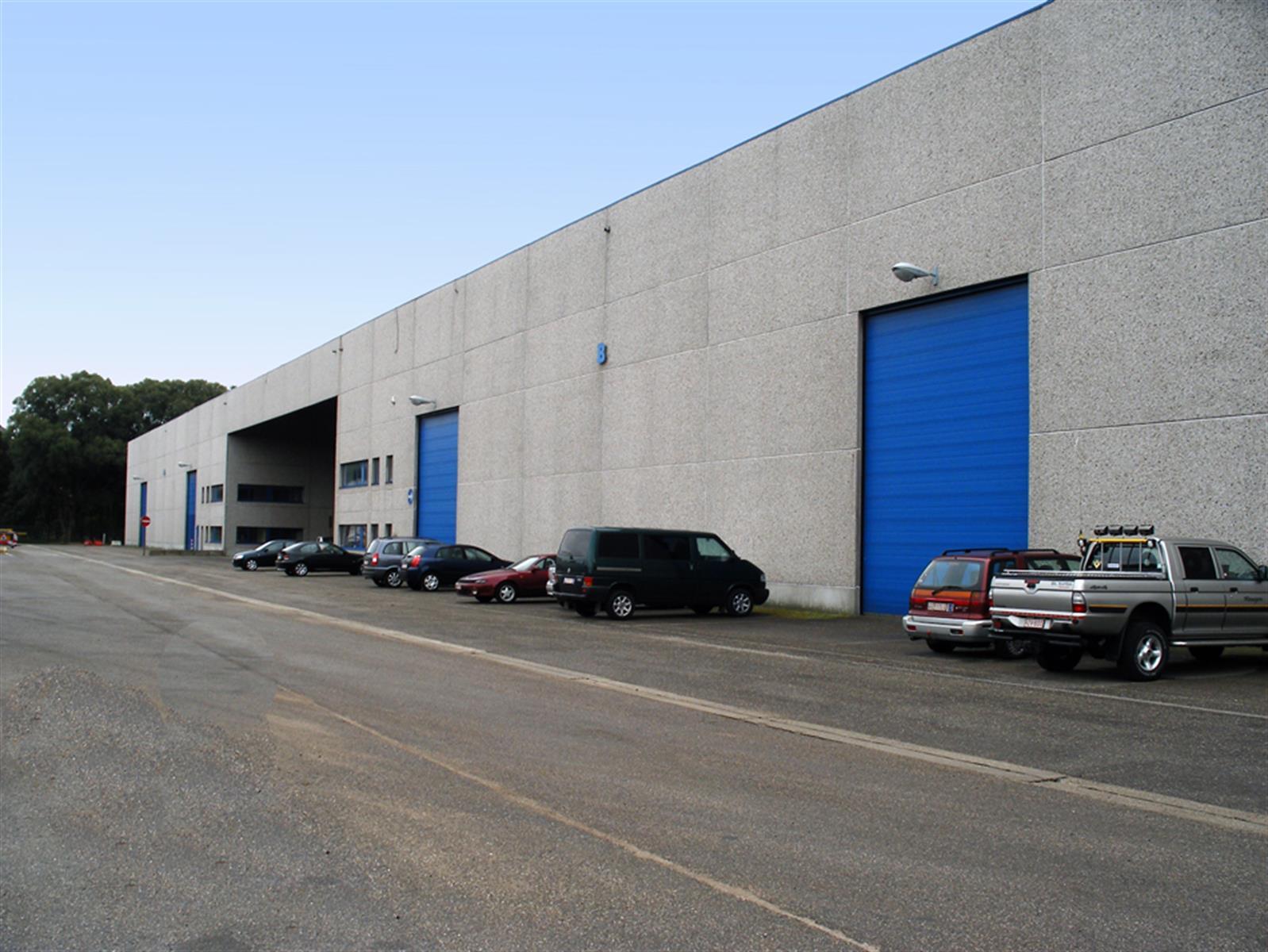 industrieel gebouw te huur KMO UNIT 1620m² MEERDERE LOADING DOCKS te KAPELLEN (B002) 1640m² - 2950 Kapellen, België 4