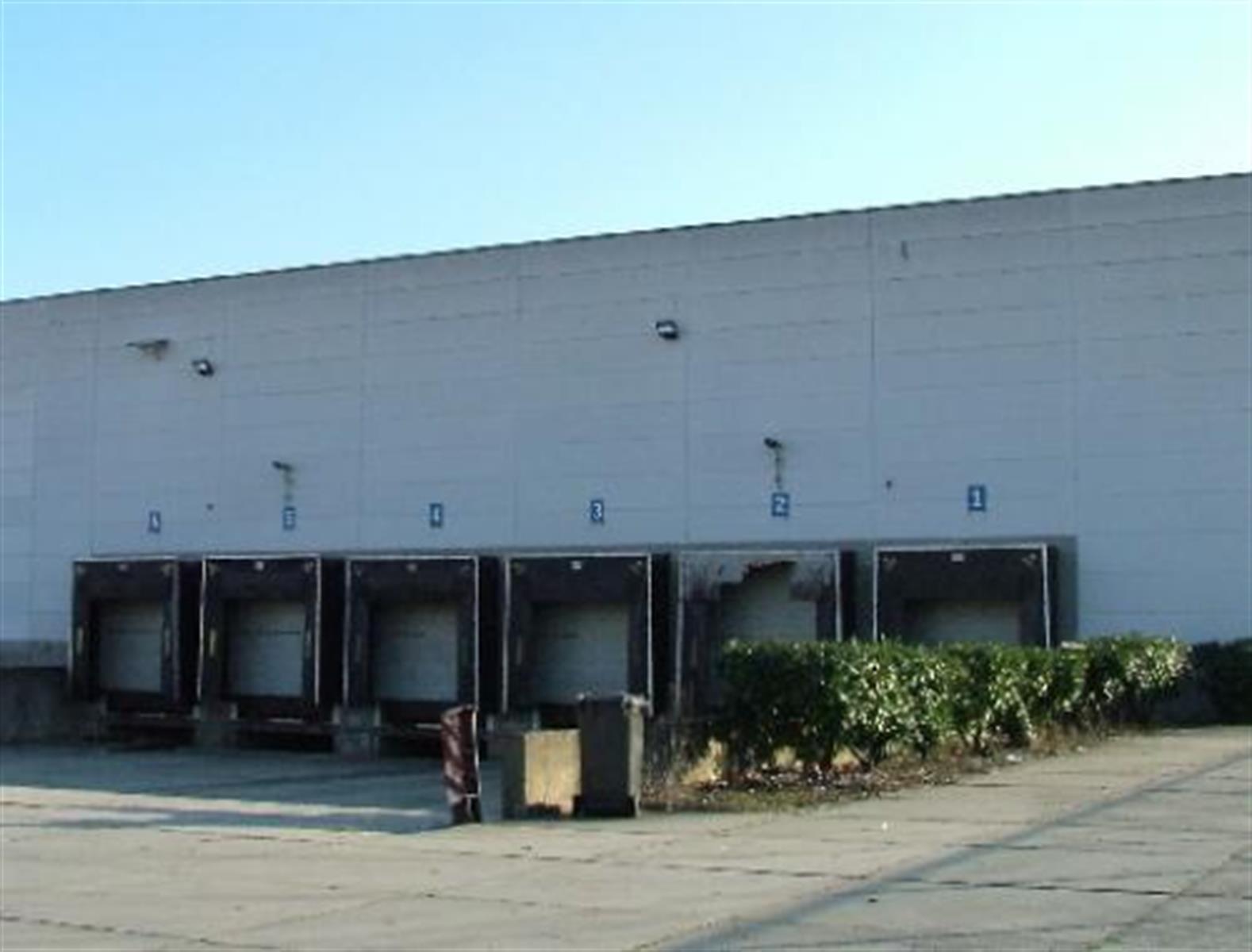 opslagplaats te huur Magazijn met Kantoor Industrielaan 25