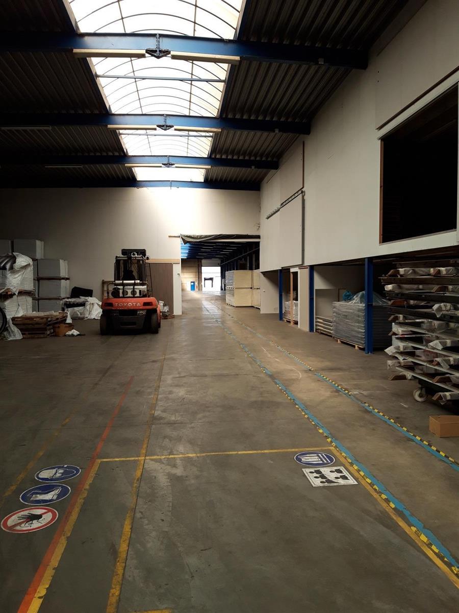 KMO-unit te huur VV2005 Magazijn 30C - 2320 Hoogstraten, België 9