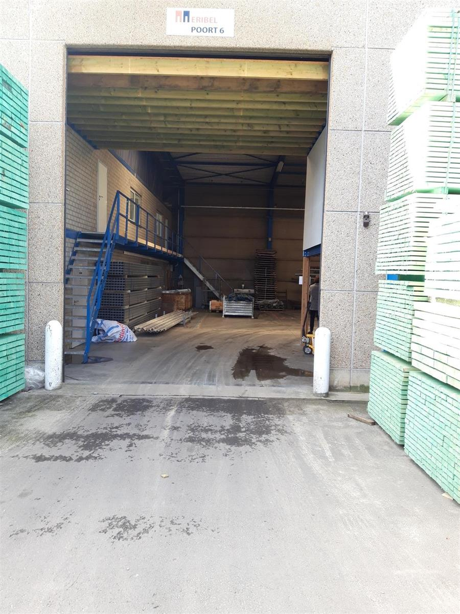 KMO-unit te huur VV2005 Magazijn 30C - 2320 Hoogstraten, België 24