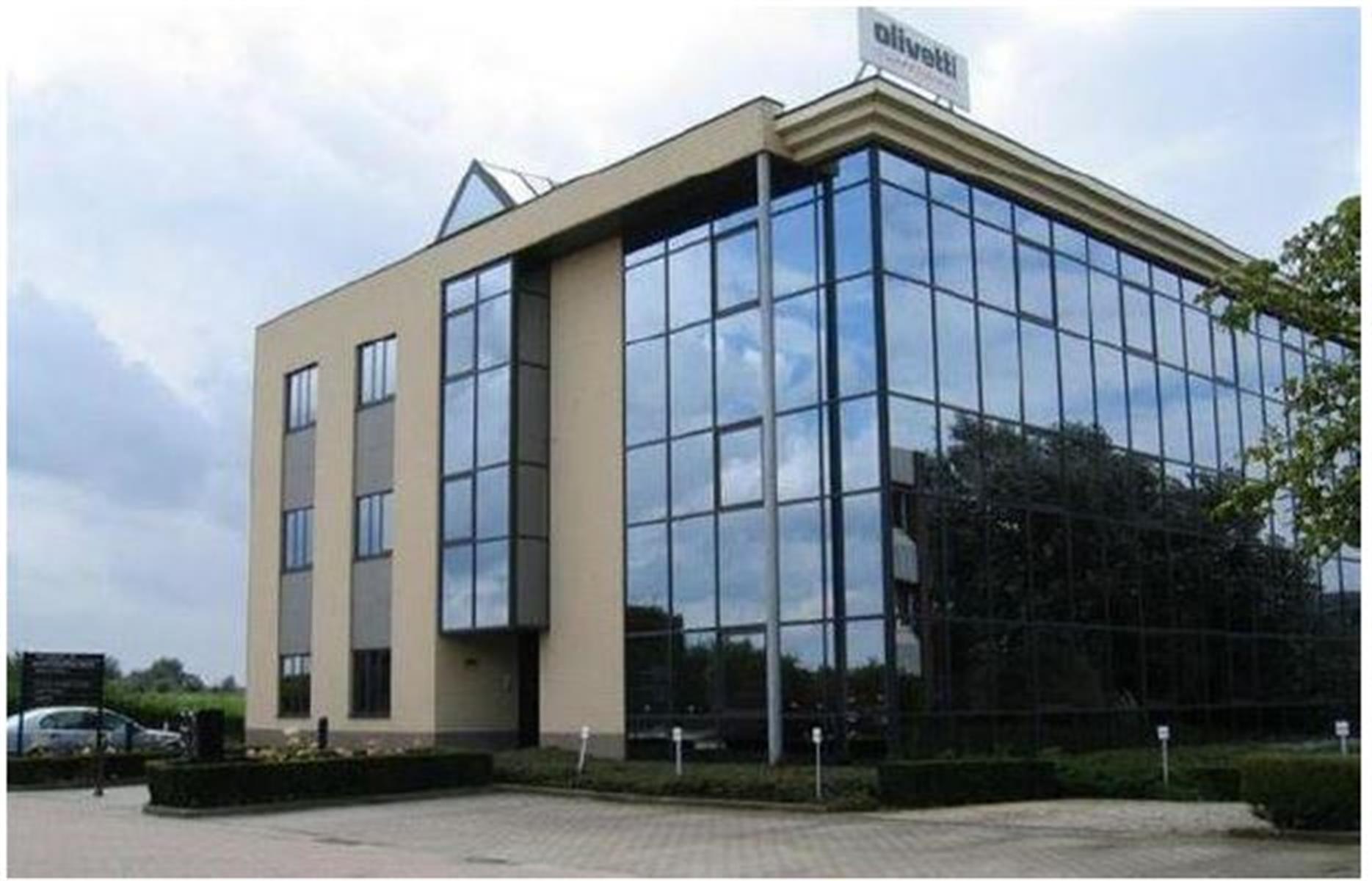 gebouw te huur Kantoren Zaventem - Minervastraat 14 BIS, 1930 Zaventem, België 2