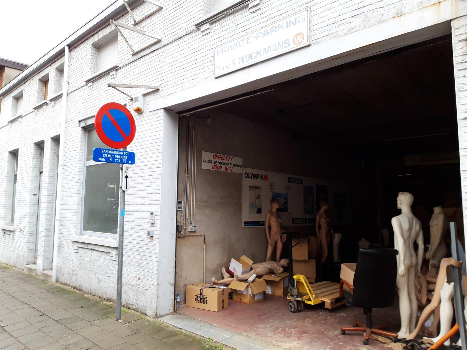 gebouw voor gemengd gebruik te koop Opslag met kantoorgebouw - Komiteitstraat , 2170 Antwerpen, België 2
