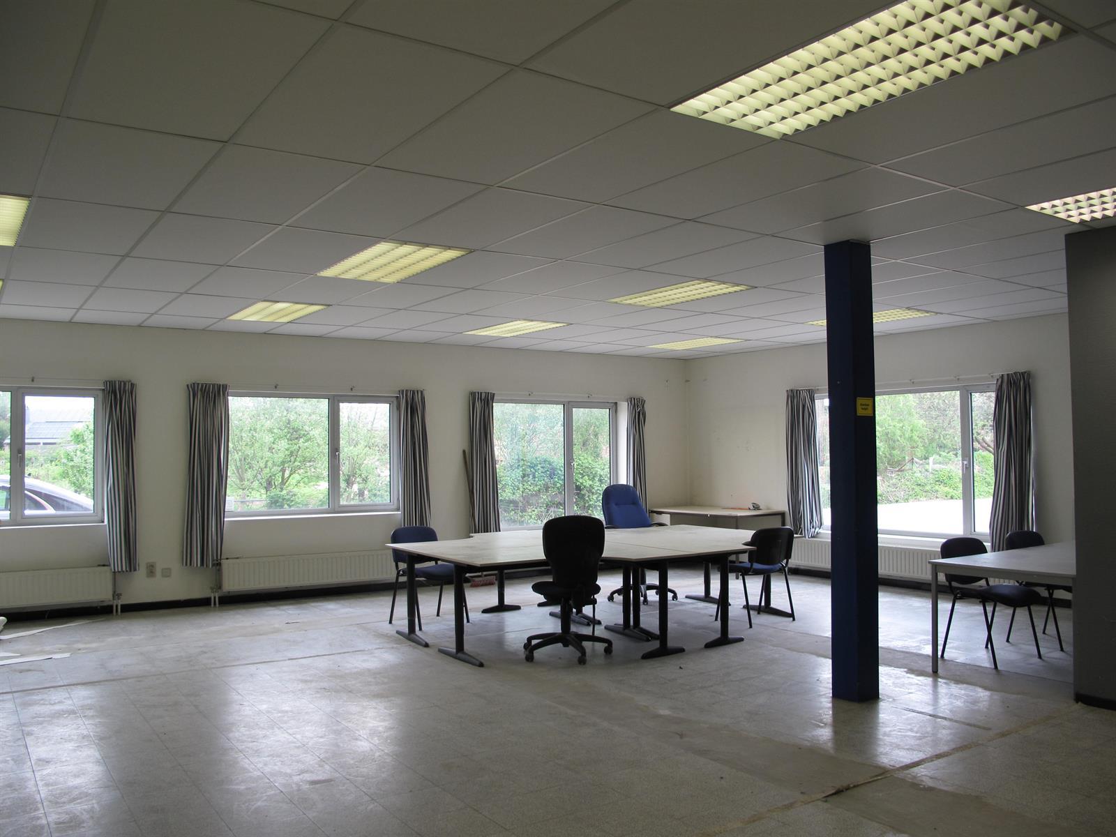 kantoor te huur Kantoor - Rollebeekstraat 16, 2160 Wommelgem, België 3