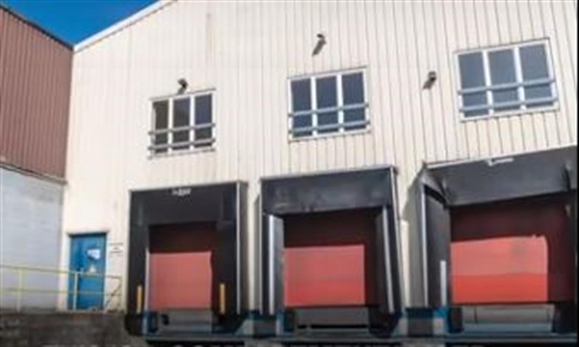 kantoren & magazijn te huur UNIT 1 : magazijn (1.481 m²), 2 loading docks, kantoor (78 m²) Willem Elsschotstraat 1