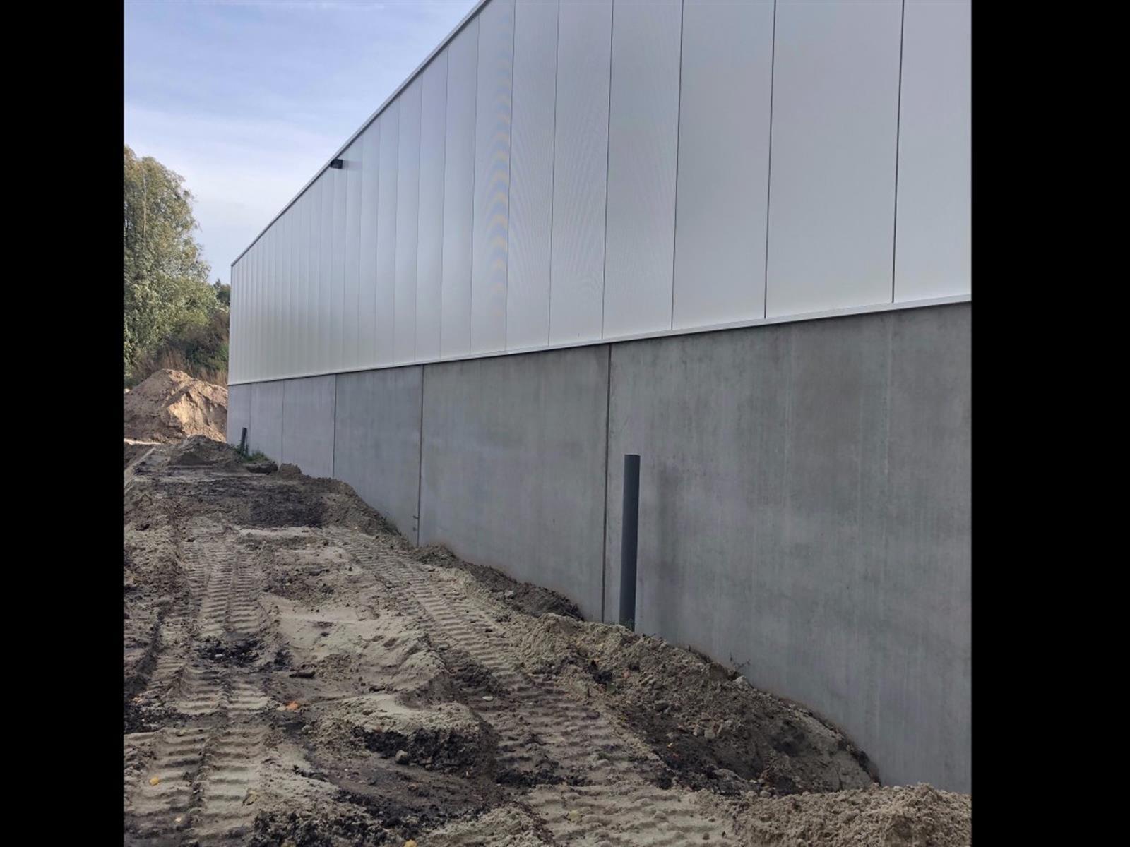 industrieel gebouw te koop I120 - Industriehal - Nieuwpoortlaan 15 A, 3600 Genk, België 2