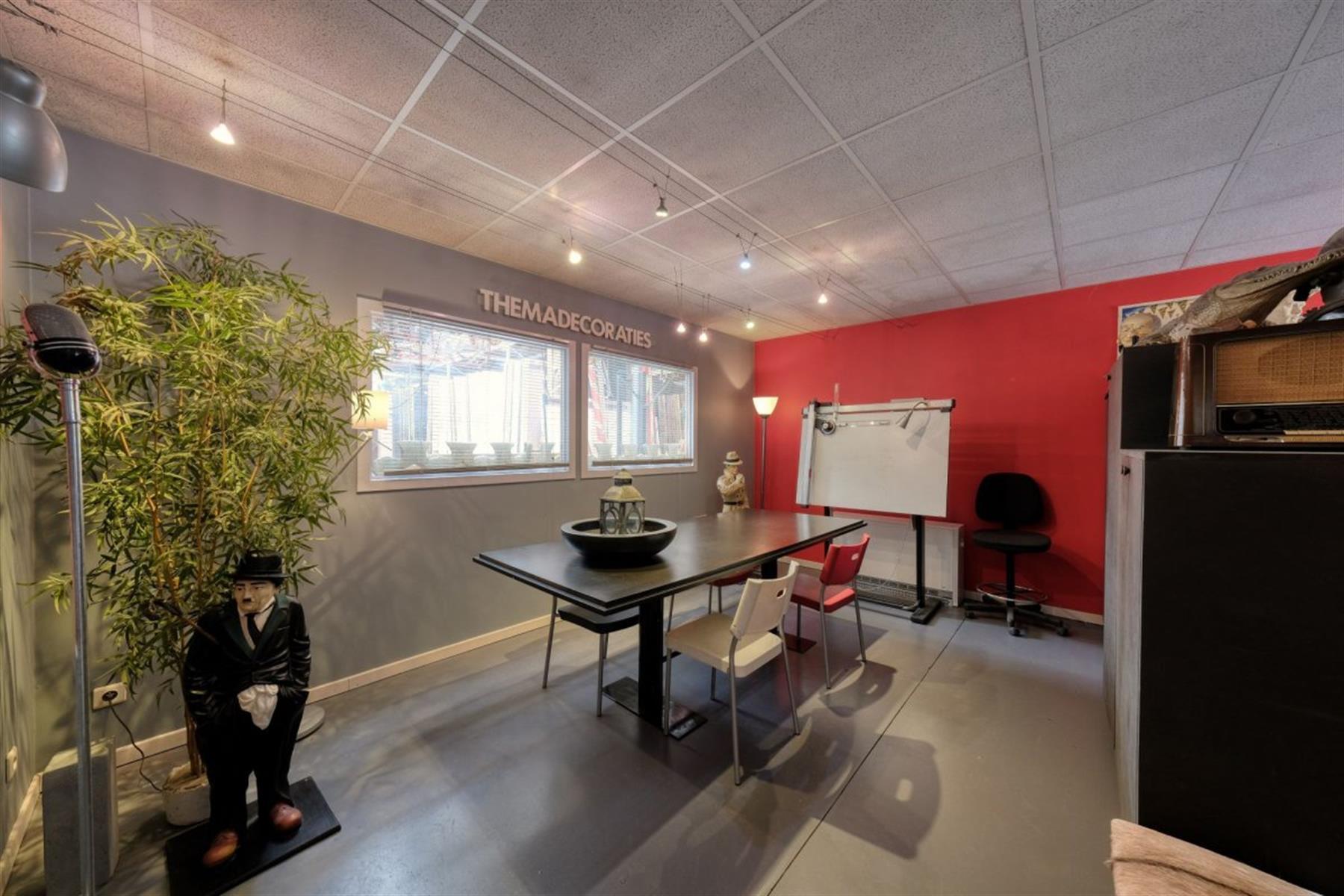 kantoren & magazijn te koop I123 - Magazijn met kantoorruimte - Centrum-Zuid 3203, 3530 Houthalen-Helchteren, België 3