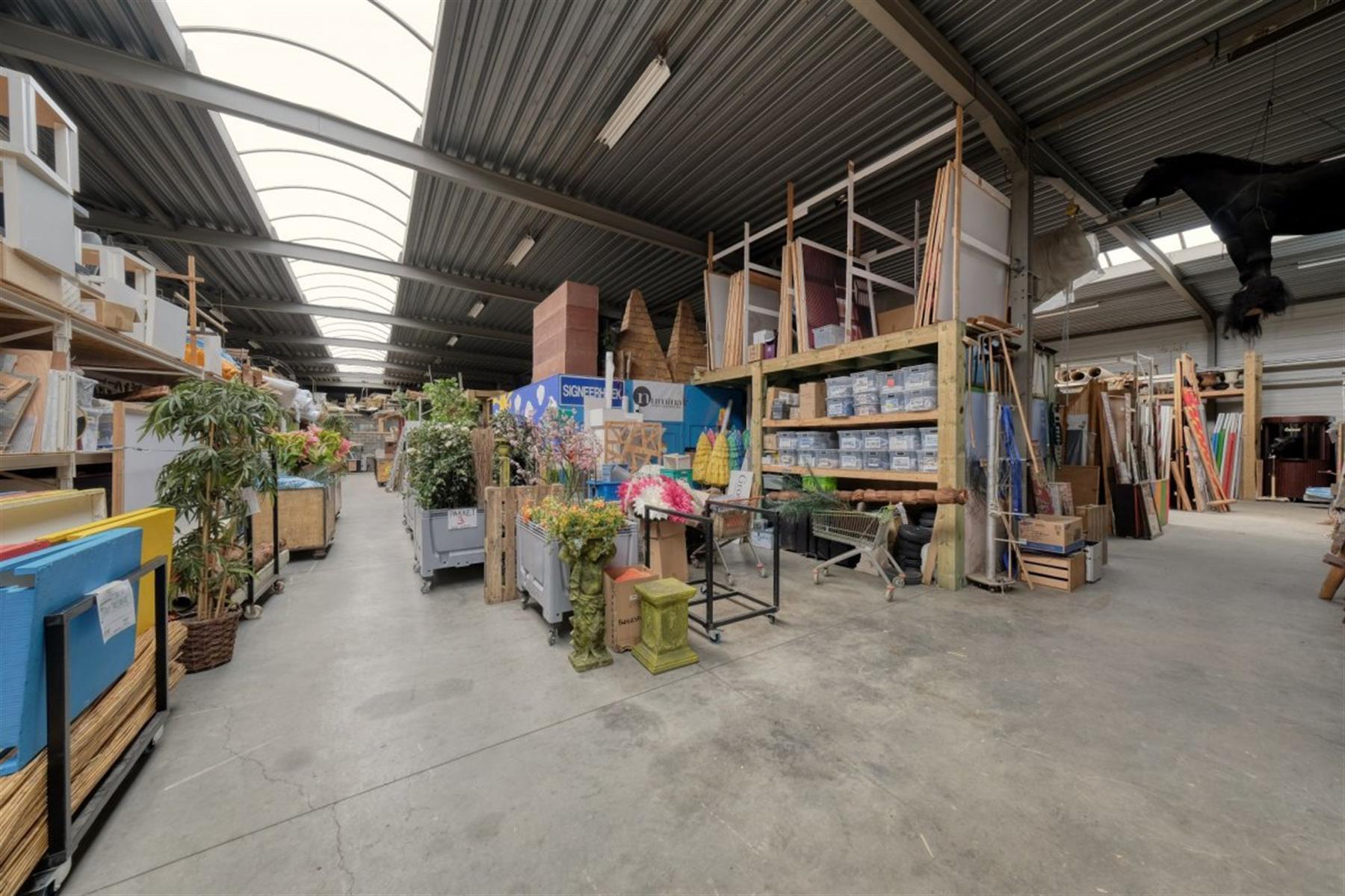 kantoren & magazijn te koop I123 - Magazijn met kantoorruimte - Centrum-Zuid 3203, 3530 Houthalen-Helchteren, België 7