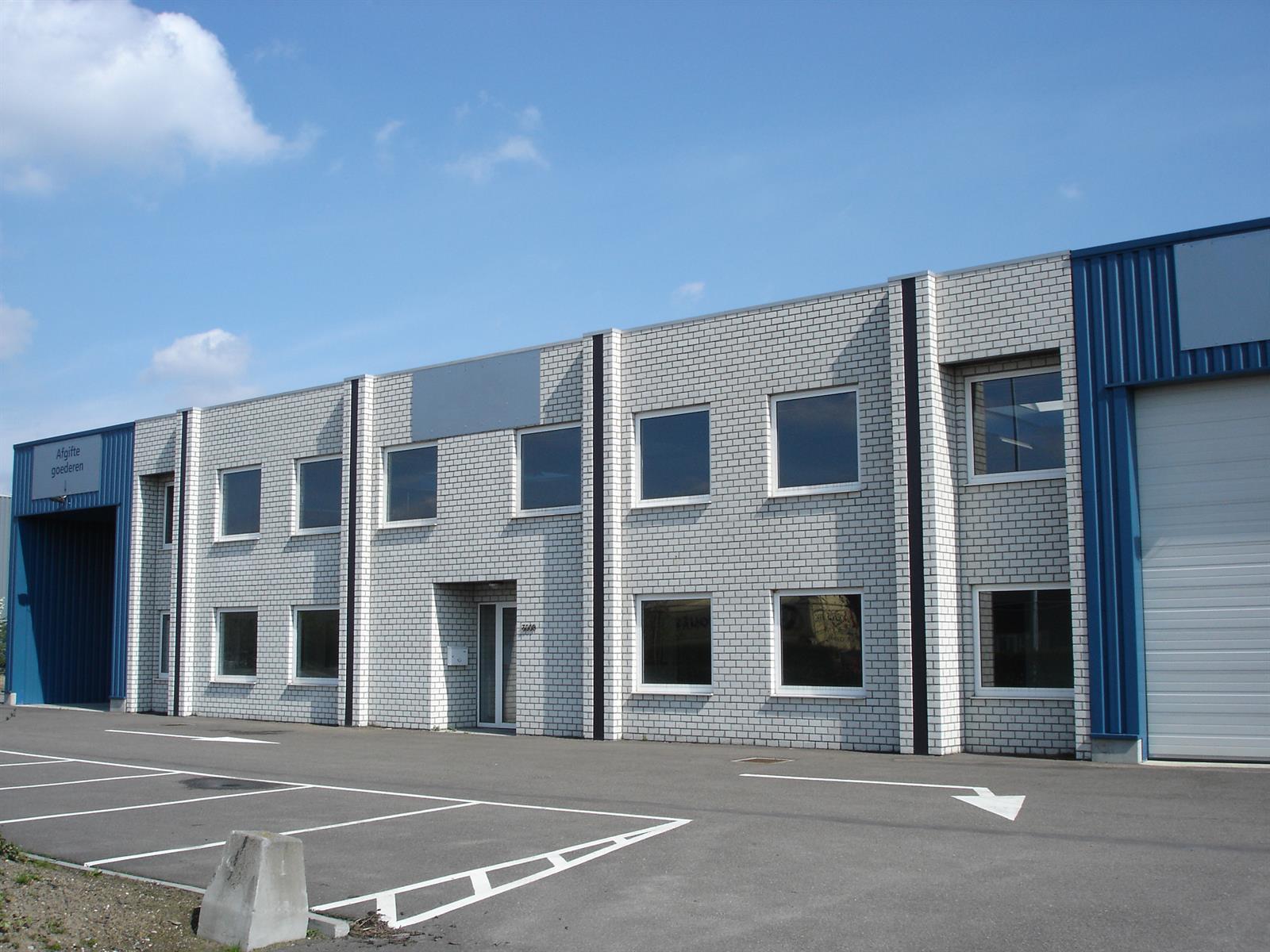 kantoren & magazijn te huur I145 - Magazijn met kantoor - Centrum-Zuid 3009, 3530 Houthalen-Helchteren, België 2