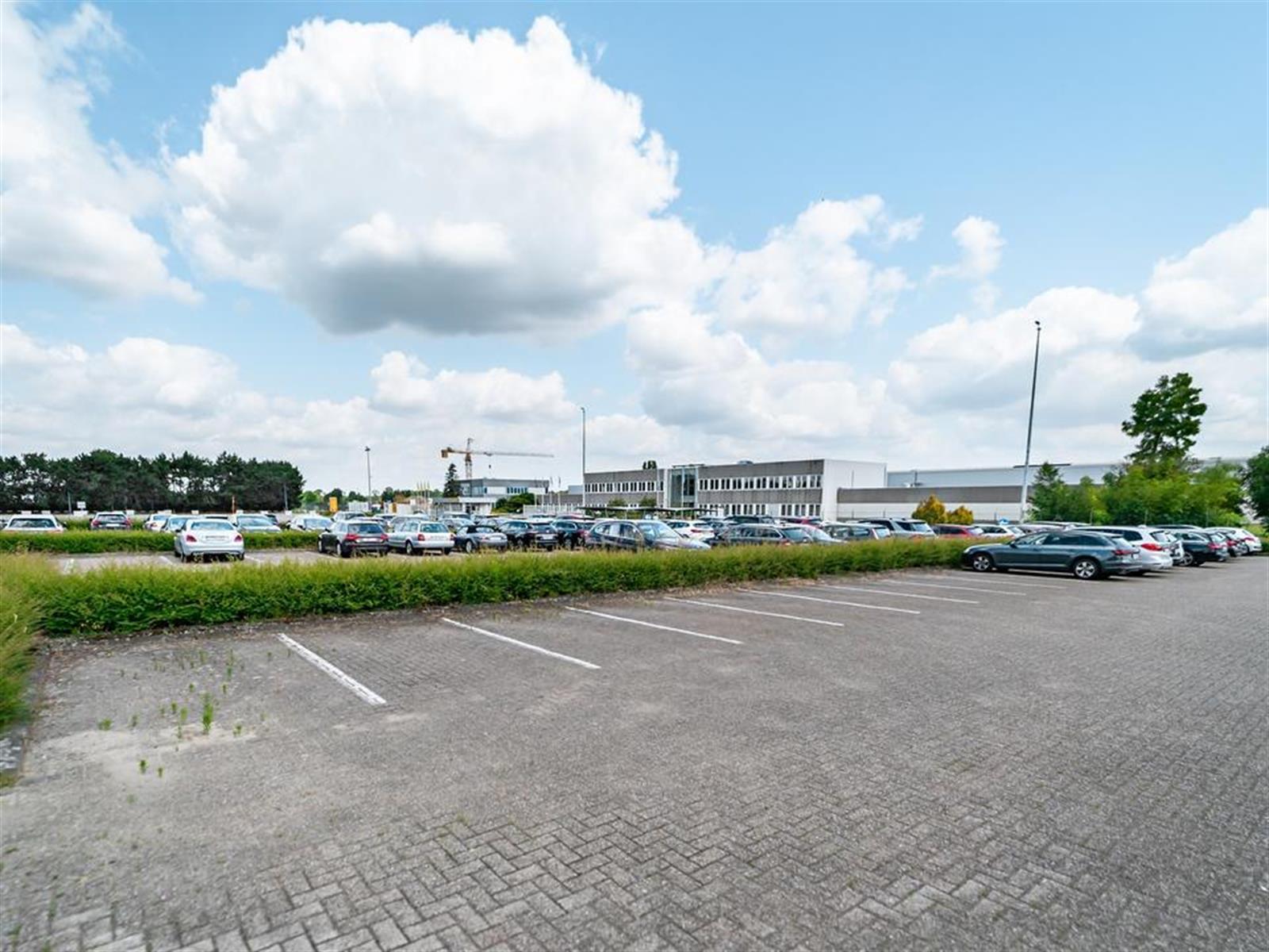 kantoren & magazijn te huur I157 - Satenrozen 11-13, 2550 Kontich, België 10