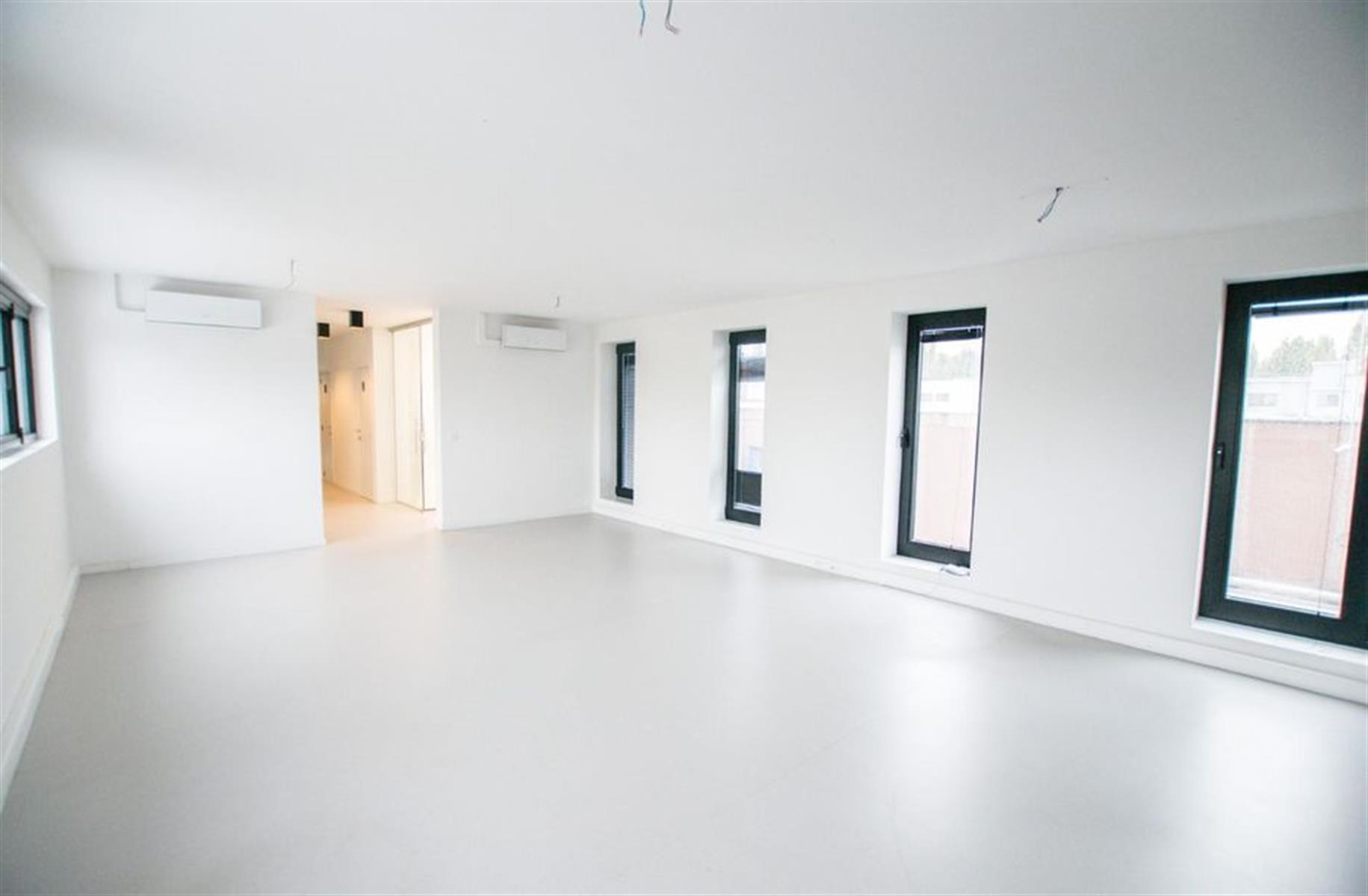 kantoor te huur K003 - Middelmolenlaan 96, 2100 Antwerpen Deurne, België 1