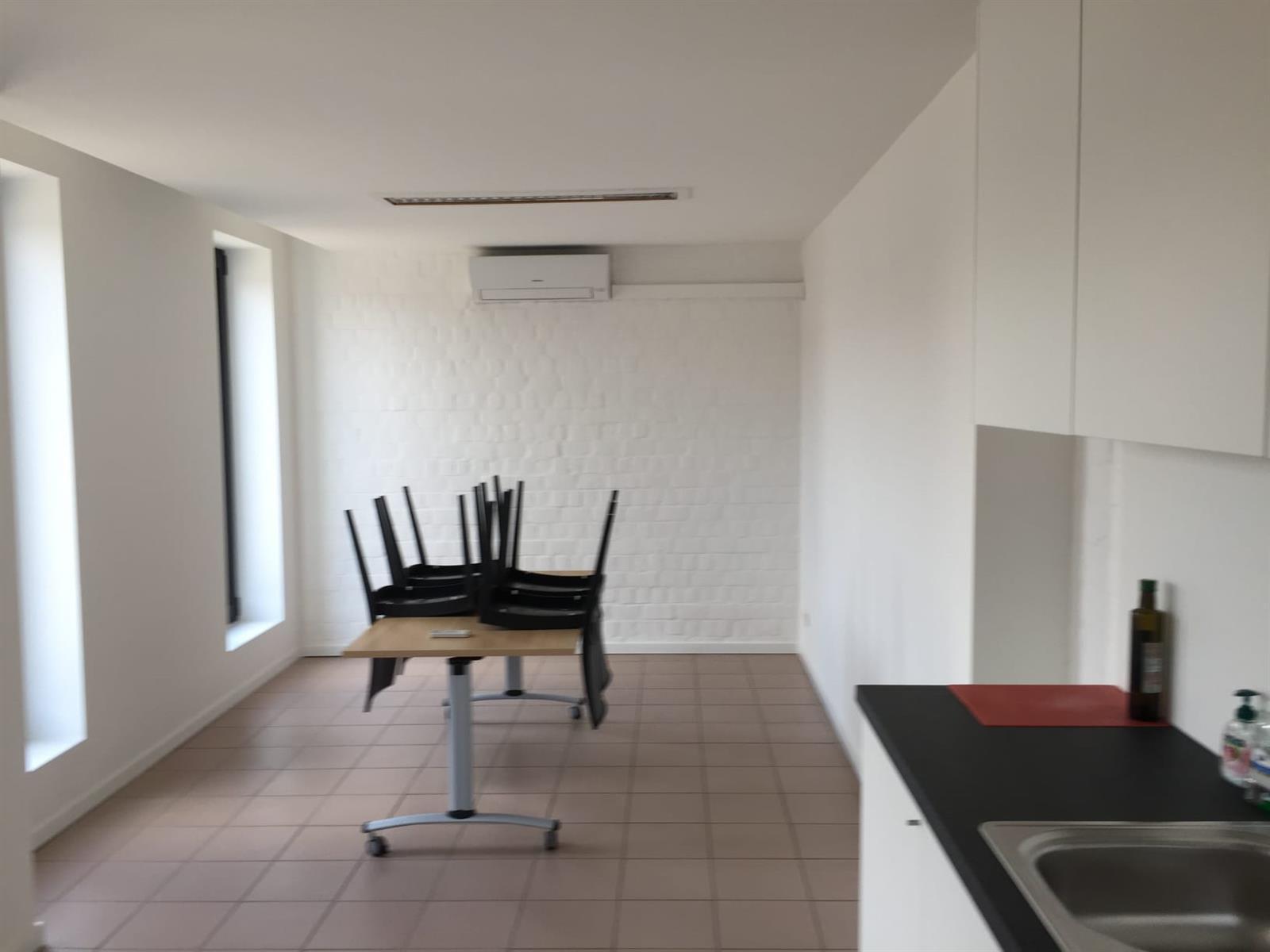 kantoor te huur K003 - Middelmolenlaan 96, 2100 Antwerpen Deurne, België 8