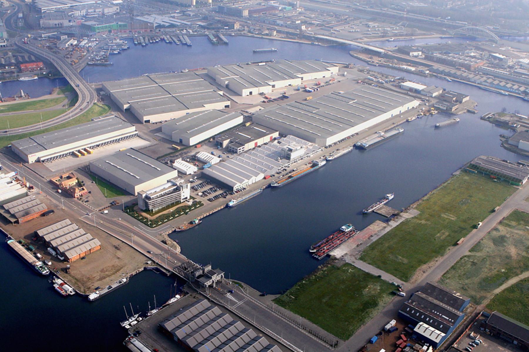 opslagplaats te huur I165 Straatsburgdok Twee/UNIT3 - Straatsburgdok Zuidkaai , 2030 Antwerpen, België 2